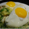 Endive Stamppot with fried eggs