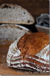 Helles Weizen-Dinkelbrot mit Sauerteig