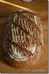Dreikorn-Brot mit ganzen Haferkörnern
