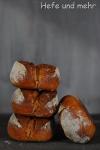 Brotbacken für Anfänger VII: Sojajoghurt-Brötchen