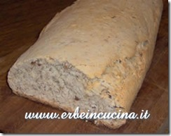 Walnuts and Dates Bread