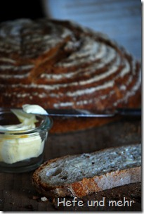 Weizenbrot mit altem Brot